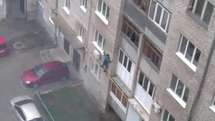 Уфимец устроил дебош в одном из дворов города