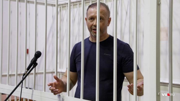 «Дайте пожизненное или сразу отпускайте!»: экс-депутат Алексей Зверев напомнил суду о праве на отдых
