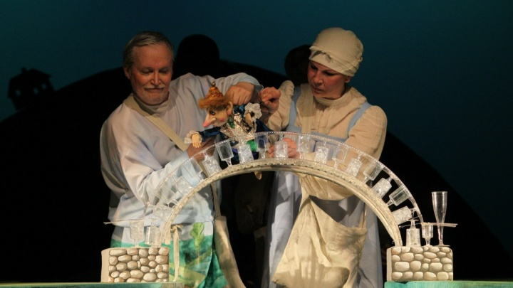 Бронетранспортёр в аэропорту и спектакль в дурдоме: девять историй от архангельских кукольников