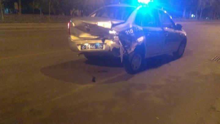 Патруль Росгвардии попал в ДТП на Красном проспекте