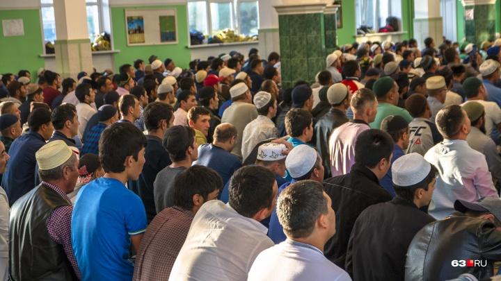 Салют! В Самаре стадион хотят отдать под строительство мечети