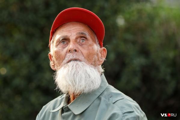 Пожить на пенсии у волгоградских мужчин почти нет шансов
