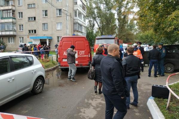 Взрыв произошел в воскресенье, когда большинство жителей дома были в квартирах