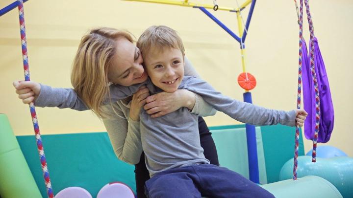 «Не стесняйтесь просить о помощи»: десять острых вопросов психиатру о родителях детей-инвалидов