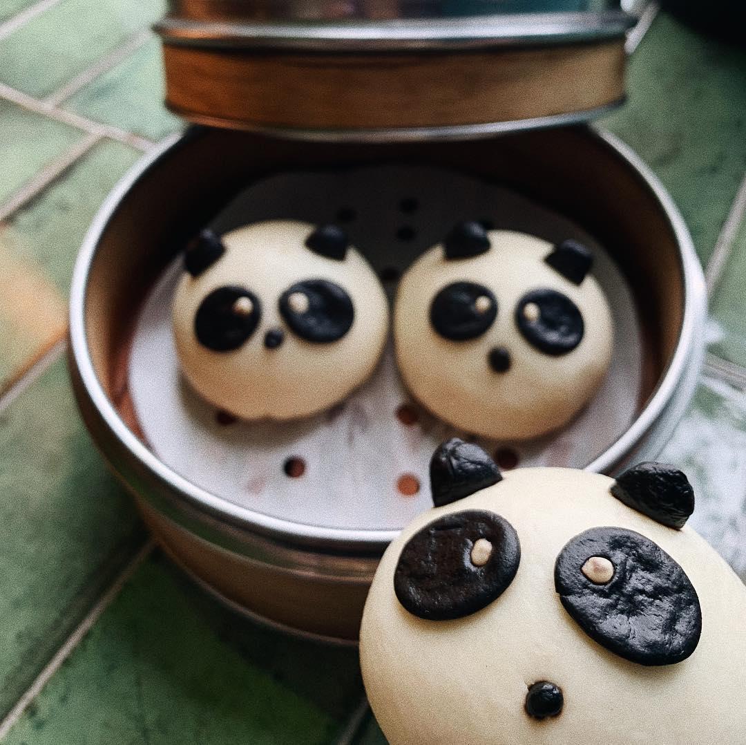 Из тарелки на вас смотрят удивлённые панды