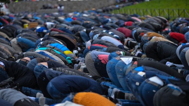 Египтяне помолятся в уральских мечетях перед игрой с Уругваем