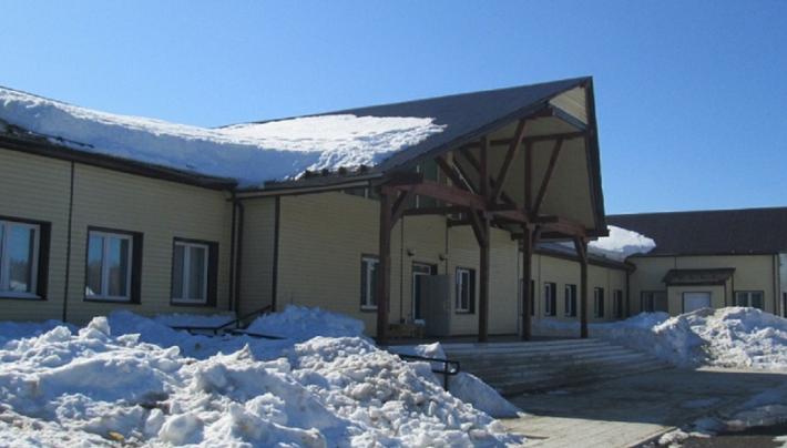 «Ничего не сделало, но отчиталось»: Павел Миков обвинил Минобр Прикамья в проблемах сельской школы