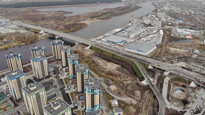 Движение сразу по двум новым мостам через Туру откроют в выходные