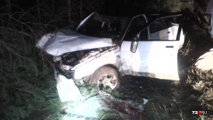 В Тюменской области водитель «десятки» не справился с управлением и погубил свою пассажирку