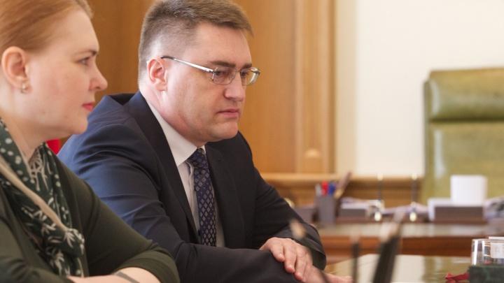 Раскрыт доход главного банкира Красноярского края. Каждая минута в 2017 году приносила ему 22 рубля