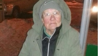 Для бабушки, которая поселилась в киоске, найдут место в приюте Екатеринбурга