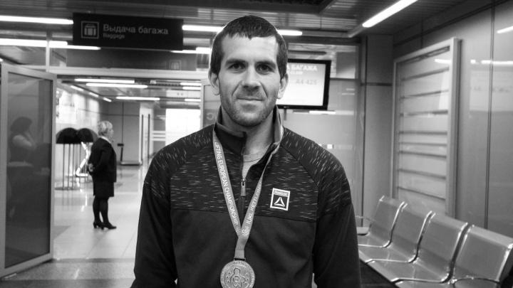 Омский спортсмен разбился на машине, когда возвращался с соревнований