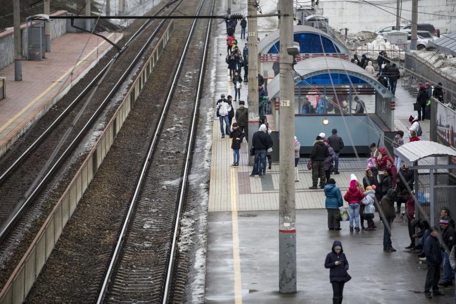 ВНовосибирской области из-за пакета эвакуировали пассажиров электрички
