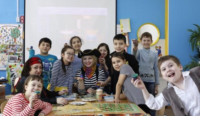 Выбирайте смену и готовьте документы: в Екатеринбурге стартует запись в детские лагеря