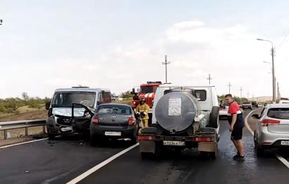 Авария произошла на шоссе Космонавтов в Магнитогорске