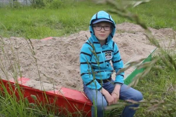 Девятилетний Дима в своих роликах рассказывает о проблемах Пермского края
