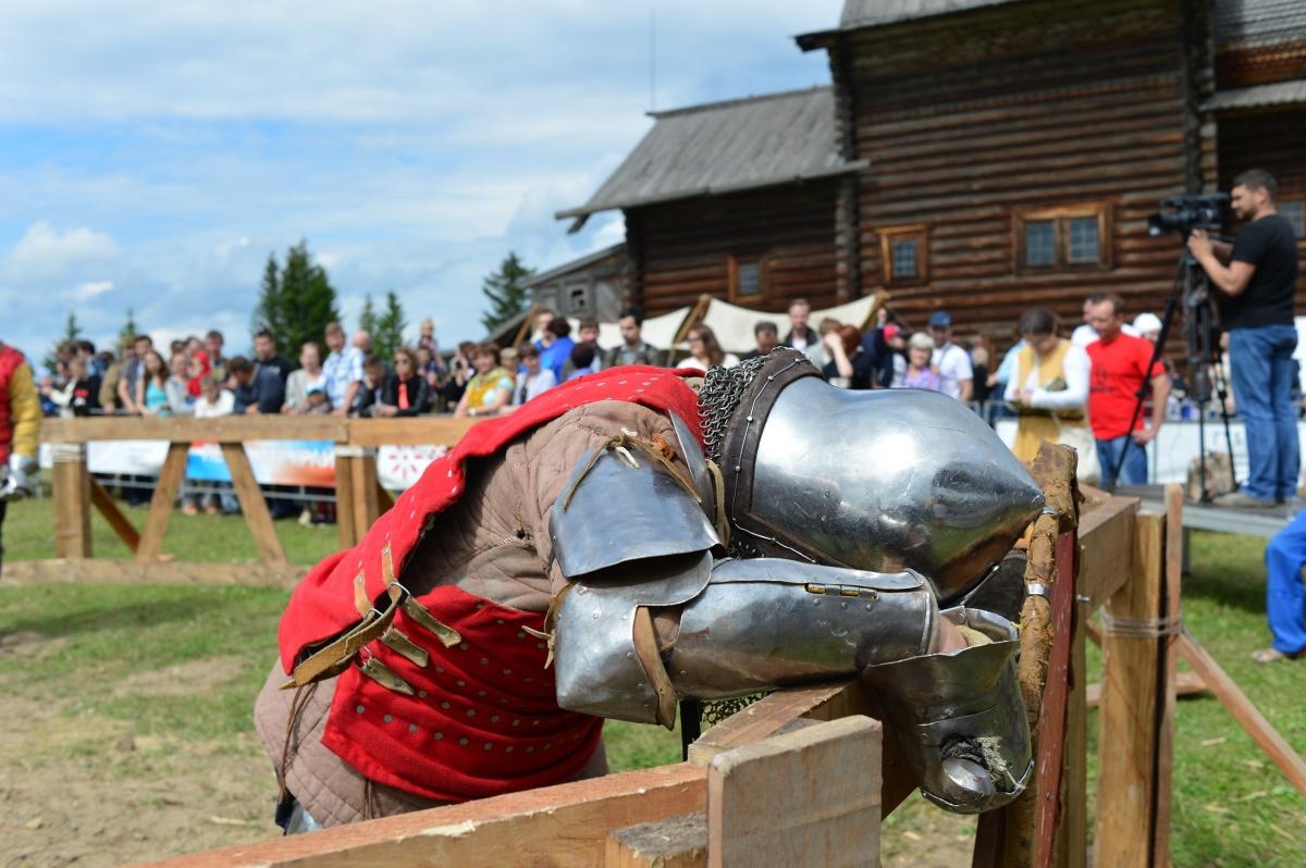 В Хохловке участники проведут средневековые бои