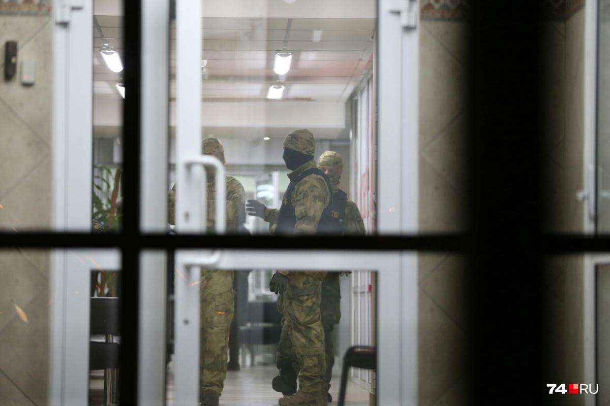 26 декабря в офисы и на склады «К&Б» в нескольких городах России нагрянула ФСБ