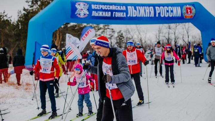 «Хотели успеть и сюда, и туда»: камышинские лыжники второй день подряд проходят «Лыжню России»
