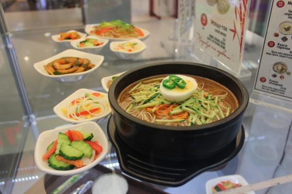 Муляжи блюд заказали в Южной Корее