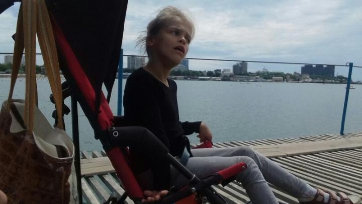 В Ярославской области у девочки-инвалида украли специализированную коляску
