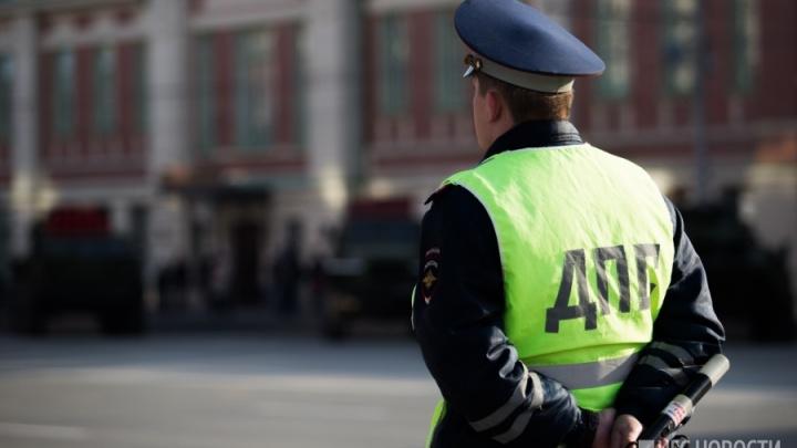 Велосипедистка попала под машину на пешеходном переходе в Первомайском районе