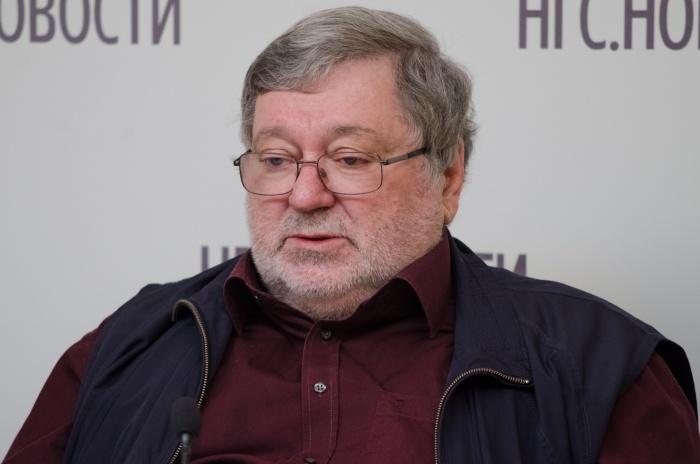 Борис Мездрич возглавлял новосибирский оперный театр до 2015 года