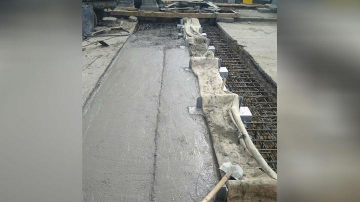 На старом Бельском мосту монтируют второй деформационный шов