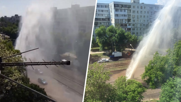 «Халявная мойка!»: появилось видео гигантского гейзера на Ново-Вокзальной