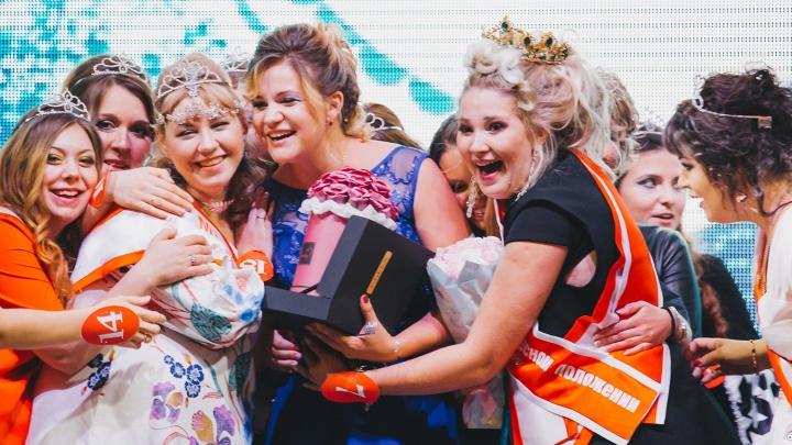 «Леди в интересном положении»: на конкурсе беременных сибирячек победила участница на 8-м месяце