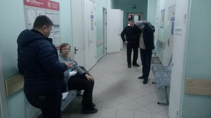 Минздрав начал проверку после заявлений травматолога, который отказался помогать пациентам