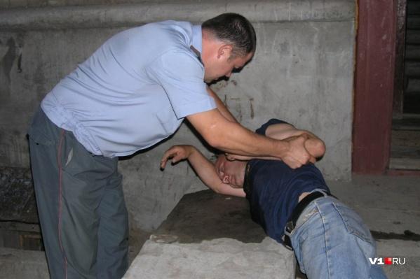 Заниматься пьяными волгоградцами будут участковые полиции, а не врачи
