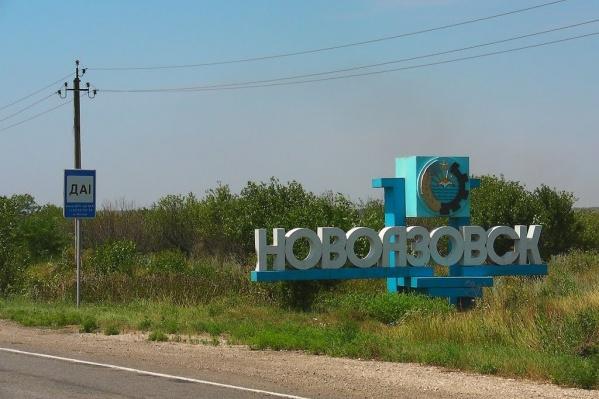 У Новоазовска на границе Ростовской области с Украиной заметили военную технику
