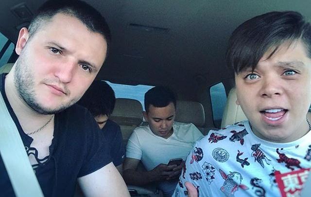 Румынский друг Элвина Грея записал ему новую песню