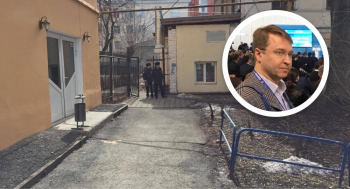 На Полянина напали во дворе его дома, когда он вечером приехал с работы