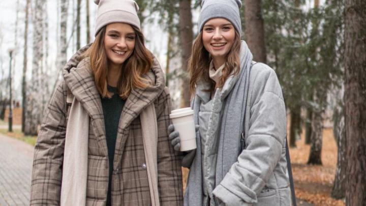 Объемный кокон или драповое пальто с шерстью мериноса: как выбрать теплый и стильный пуховик на зиму