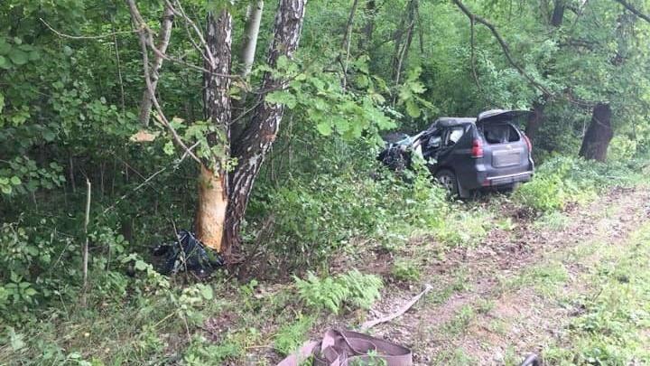 Опасные повороты: на трассе в Башкирии погиб водитель Toyota Land Cruiser
