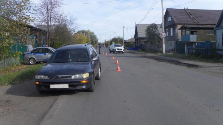 В поселке Юргамыше сбили 9-летнего мальчика, перебегавшего дорогу в неположенном месте