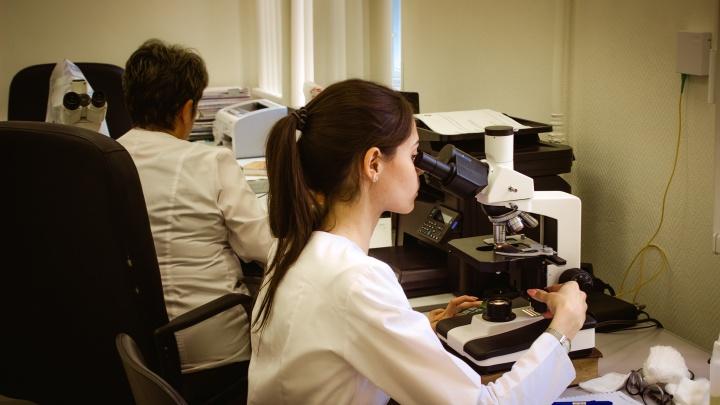 На Красном проспекте открыли большую лабораторию, где будут изучать детские болезни