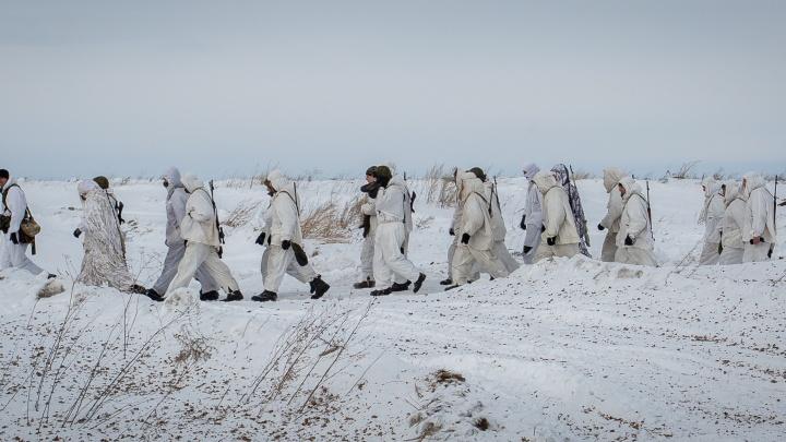 Военные устроили учения для связистов в сильные морозы