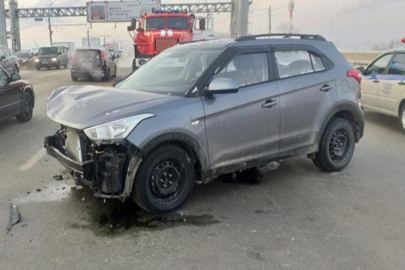 По информации полиции, авария произошла на Димитровском мосту
