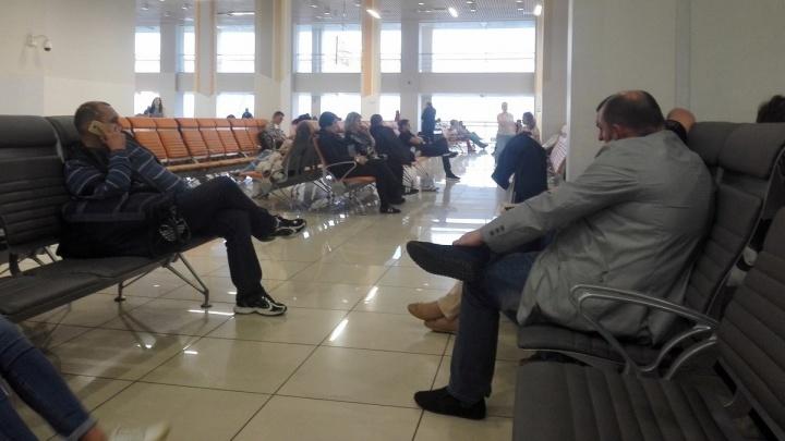 Самолёт из Кольцово в Грецию задержали на 6 часов из-за технической неисправности
