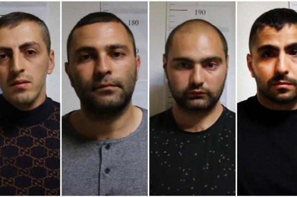 Четверо задержанных мужчин. Если вы знаете кого-то из них, то сообщите в редакцию 72.RU по телефону +7 982 781-74-07 (можно анонимно по СМС, Viber, WhatsApp)