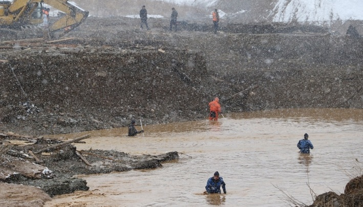 Вред экологии от прорыва дамбы на Сейбе оценили в 2,7 миллиона рублей