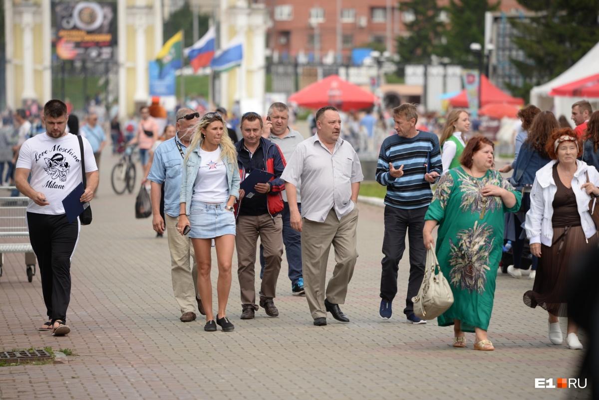 Директор ЦПКиО Роман Шадрин тоже пришёл на фестиваль