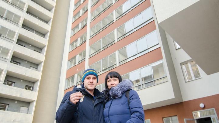 Дом сдан: в 25-этажном комплексе «Олимп» на ЖБИ началась передача ключей