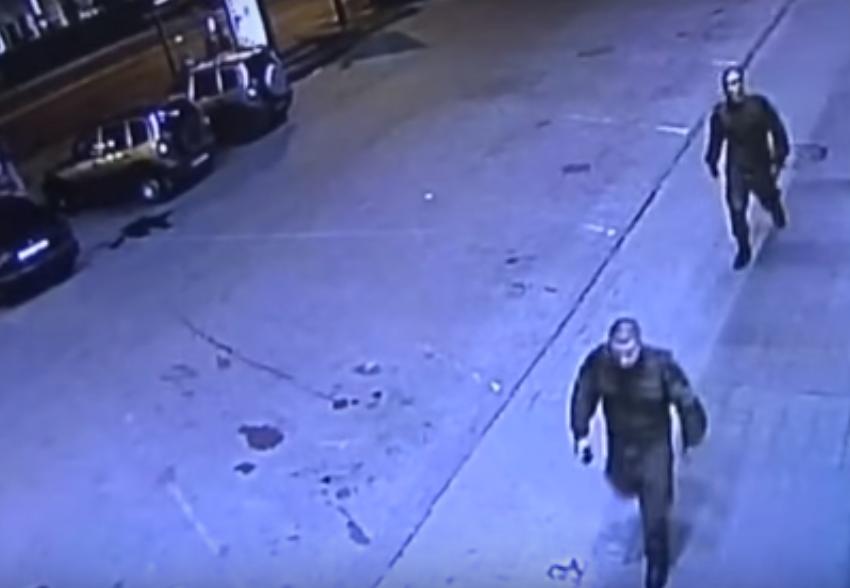 Двое вкамуфляже отобрали телефон уподростка вНижнем Новгороде