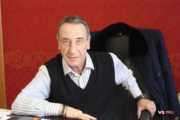 Вадим Лейбензон пришёл на завод с Дмитрием Герасименко, но был возвращён бывшим вице-губернатором