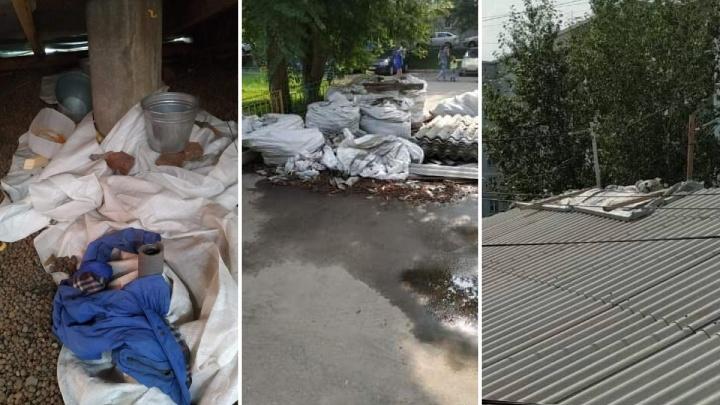Жители дома на Менжинского заставили чердак ведерками из-за проблем с капремонтом крыши