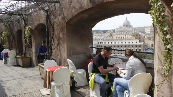 Дорого и невкусно:как самостоятельно выбрать ресторан в путешествии